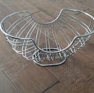 Stainless steel fruit basket